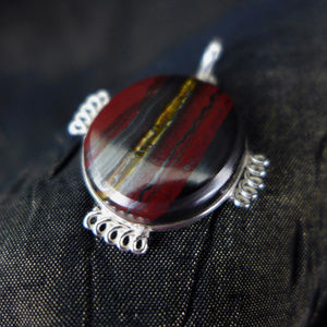Jewelry - Tiger's Eye Matrix Agate pendant Red Gunmetal